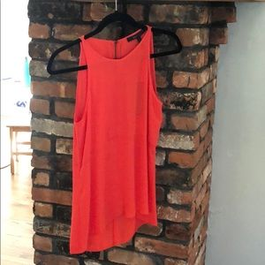 BCBG max Azria caralyn top. Color: poinsettia